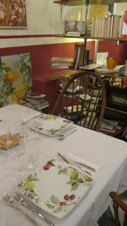 Cookobio: raffinatezza a tavola, ... ogni tavolo piatti diversi