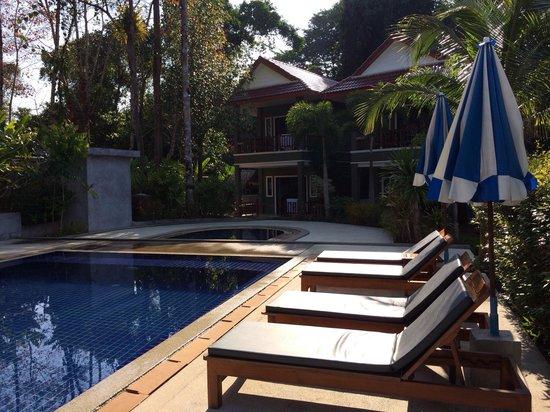 Khaolak Yama Resort: The pool