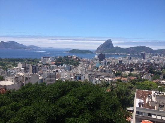 Daniel Cabral - Rio Tour Guide: looking at Sugar Loaf mountain