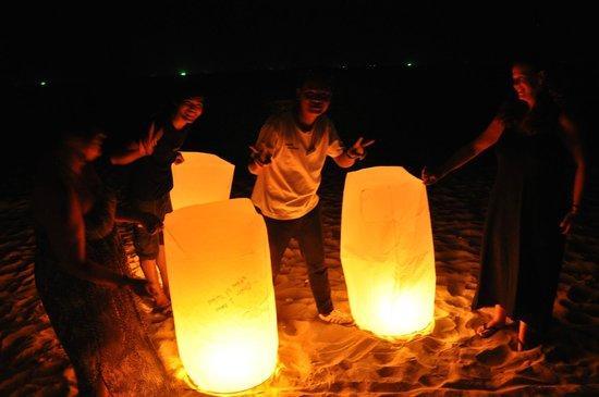 Lanta Castaway Beach Resort: Chinese lanterns