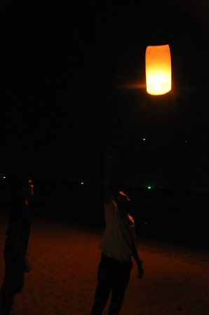 Lanta Castaway Beach Resort: Chinese lanterns