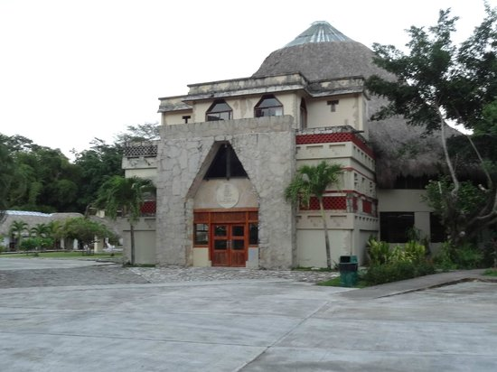Hotel Villas Kin-Ha: Batiment annexe (fermé lors de notre séjour)