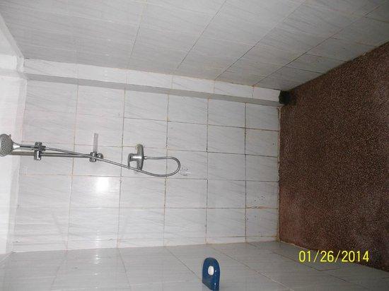 Miltons Beach Resort: la doccia