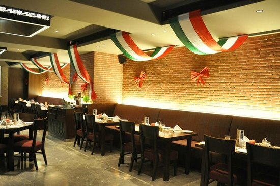 1 anniversary decor picture of fiorella italian restaurant vadodara tripadvisor - Restaurant decor supplies ...