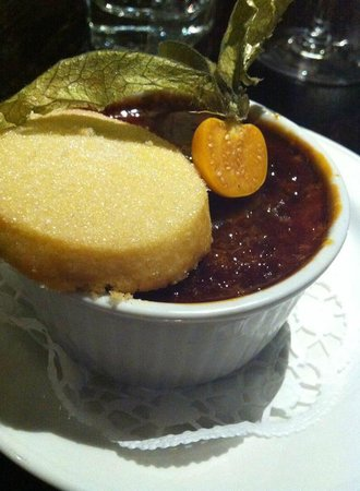 Masons Restaurant - Brentwood: Maple and pecan creme brulee - very good!