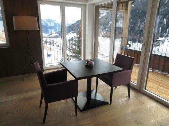 Schweiger: Lovely 3rd floor breakfast room