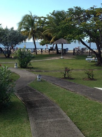 Coyaba Beach Resort: View from bedroom towards Grand Anse beach