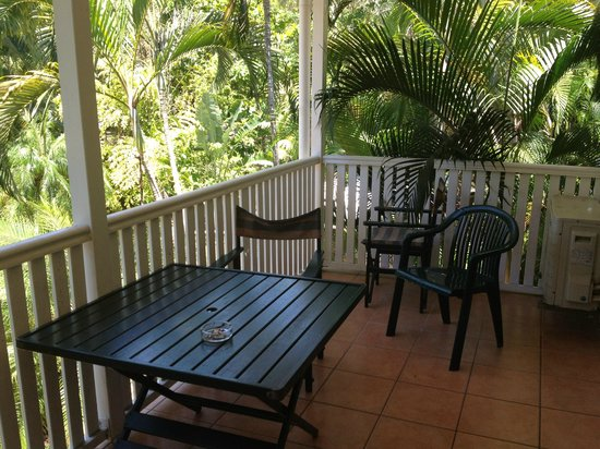 Palm Villas Port Douglas: Balcony