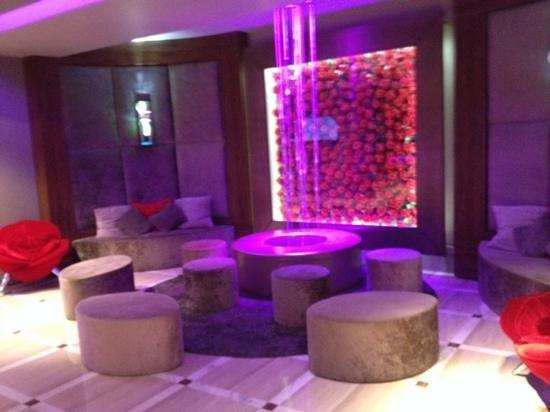 Hôtel Barrière Le Gray d'Albion : Hotel lobby