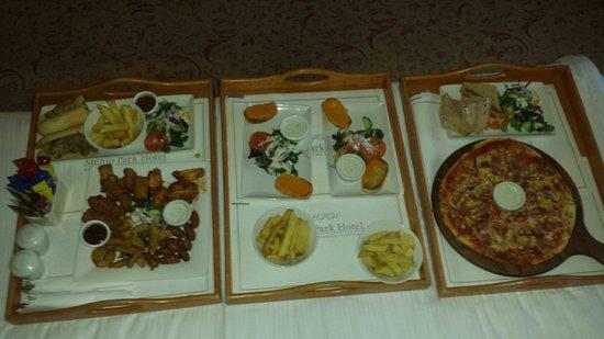 Menlo Park Hotel: Room service