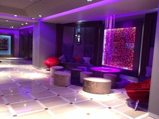 Hôtel Barrière Le Gray d'Albion: Hotel lobby