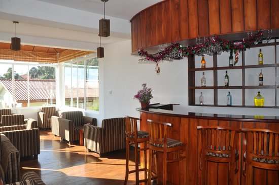 Glenfall Reach Hotel : The drink free bar
