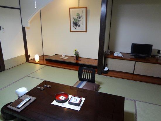 Echizen Mangetsu: 客室