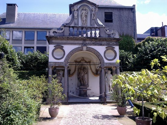 Rubens House (Rubenshuis) : дорик