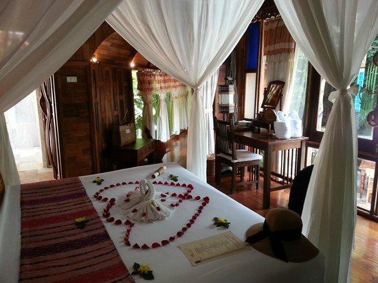 Santhiya Koh Phangan Resort & Spa : chambre