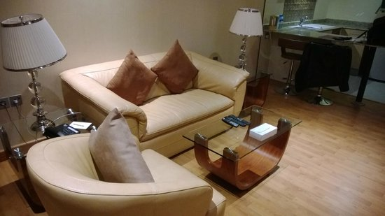 Elite Crystal Hotel: Room