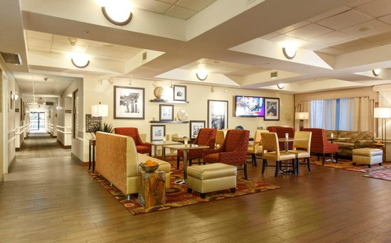 Hampton Inn Winter Haven: Lobby