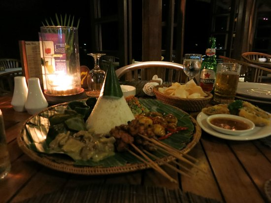 Mimpi Resort Menjangan: tasty dinner!