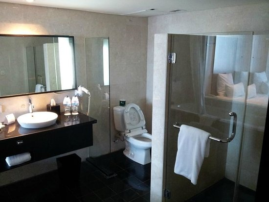 Novotel Balikpapan: Bathroom 1 #525