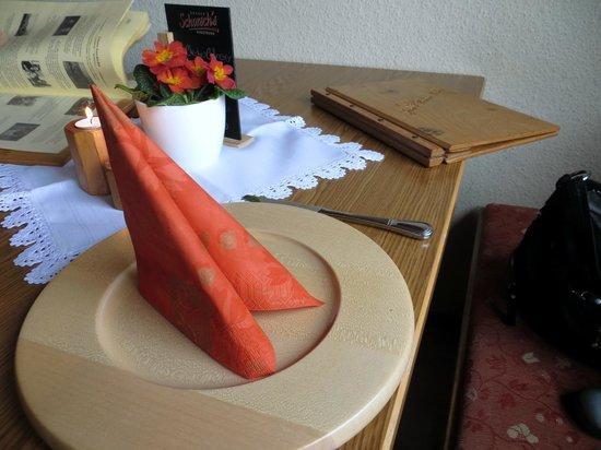 Gasthof Zum Hohen Lohr: der eingedeckte Tisch