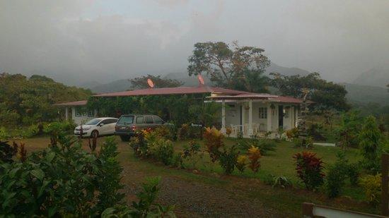 Coffee Mountain Inn: On a rainy moment.
