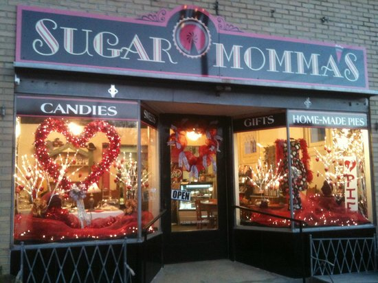 Sugar Momma's: Welcome in....We hope you find joy in this little shop!
