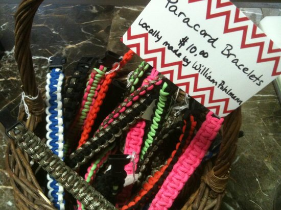 Sugar Momma's: Locally made paracord bracelets