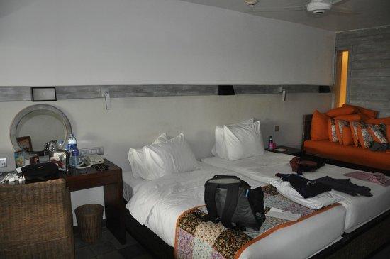 Hikka Tranz by Cinnamon: Room