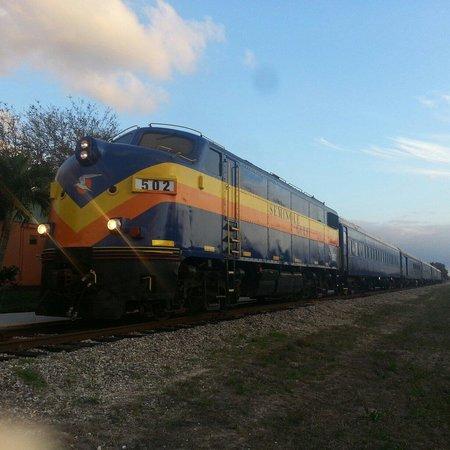 """Seminole Gulf Railway Murder Mystery Dinner Train : A fantastic old """"F"""" unit. GO and enjoy!!"""