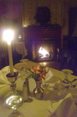 YE OLDE TAVERN: A special evening each month throughout the winter.  It's called 'Dine like an 18th century gues