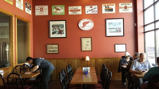 Red Wing Brewery: Modern decor