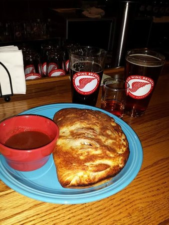 Red Wing Brewery: Best ever calzone!