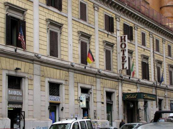 Borromeo Hotel: 1