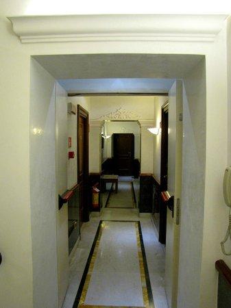 Borromeo Hotel: 2