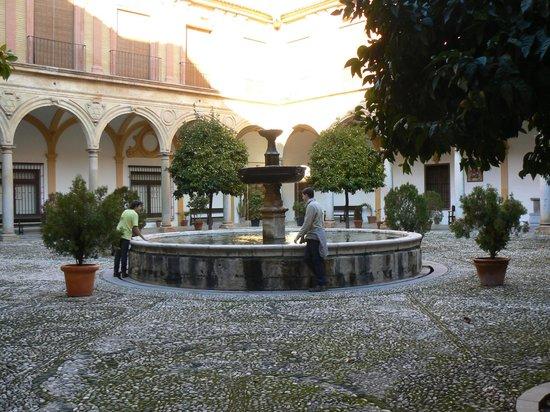 Sacromonte Abbey : Patio de la Abadía del Sacromonte