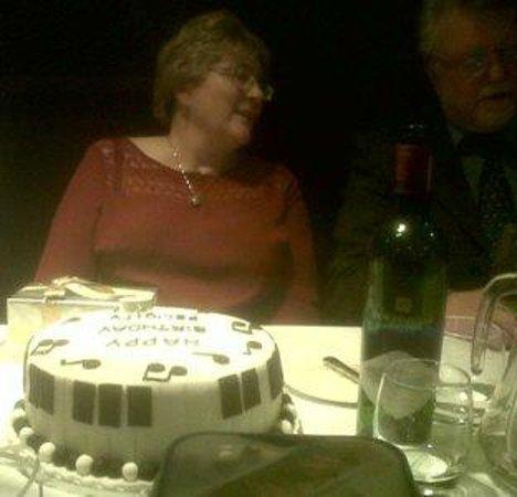 DoubleTree by Hilton Bristol South - Cadbury House: The birthday cake
