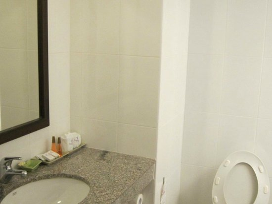 Royal Lanna Hotel: Hot shower