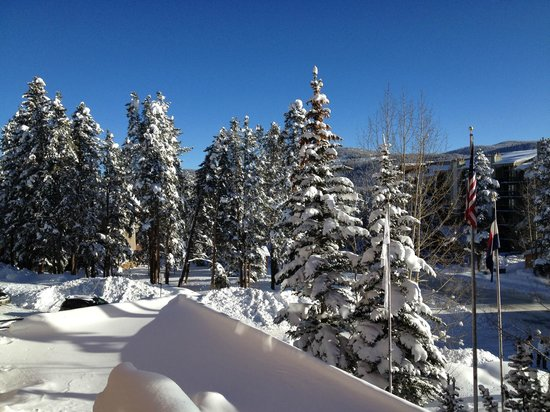 DoubleTree by Hilton Breckenridge: From Hot tub area.