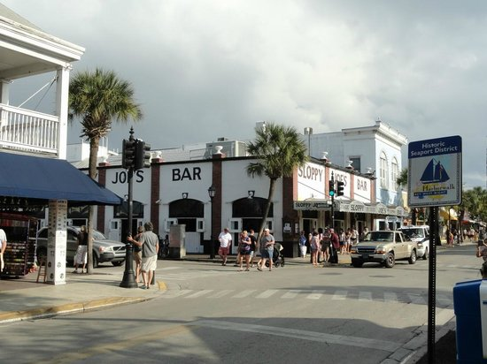 Duval Street: A top destination for many