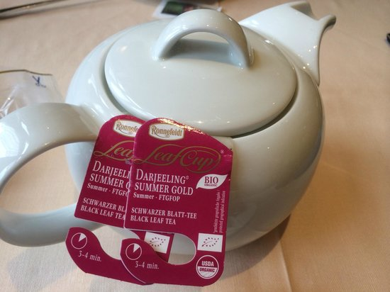 Schneider's Café Restaurant : Tee im Beutel