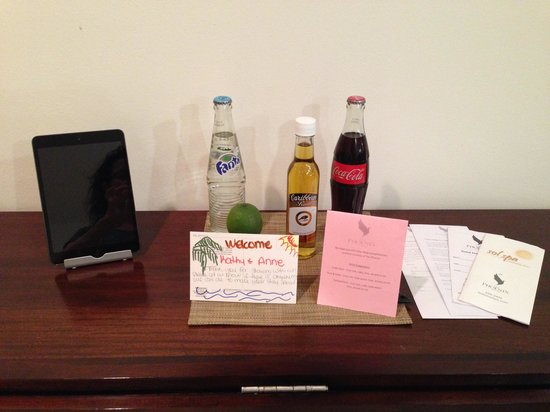 The Phoenix Resort : Complimentary Rum and Coke, Soda & Welcome card