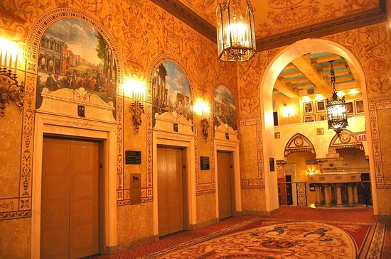 InterContinental Chicago: One of the themed floors in the historic building