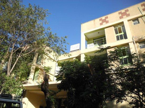 Lal Hotel Woldiya: Unimposing frontage of main hotel
