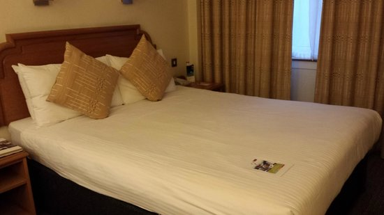 Mercure Edinburgh City - Princes Street Hotel: 1st room