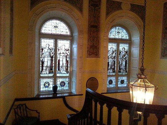 Dublin Writers Museum: Beautiful Windows