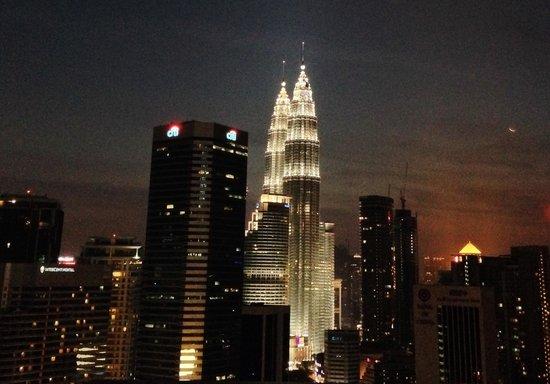 DoubleTree by Hilton Kuala Lumpur: Night view