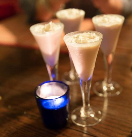 Uncommon Grounds Chill Out Lounge: fun dessert drinks