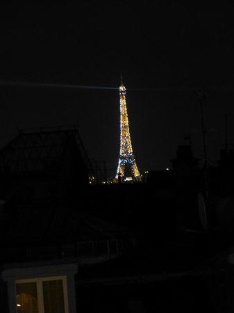 Libertel Montmartre Opera: Bei Nacht :-)