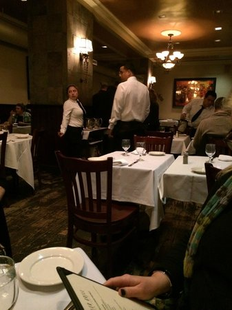 Statler Grill : View of inside...