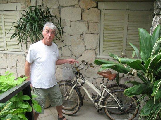 Hola Bike Rental: Cruiser bikes delivered to Puerto Moreles